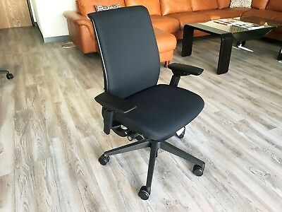 Steelcase Think Office Chair Adjustable Black Baseframe 6205 - Buzz2 Black