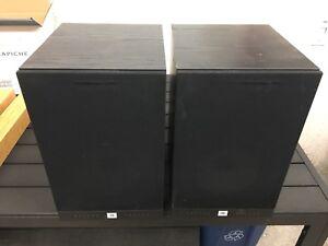2 speaker JBL