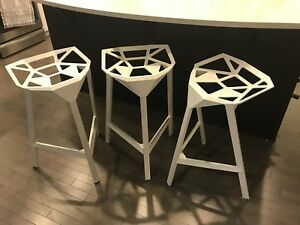 3 Stool_one designer bar stools
