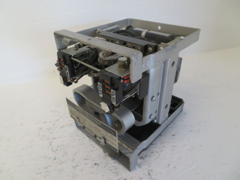 General Electric 12IAC77B1A Time Overcurrent Relay Extremely Inverse GE IAC 60 a