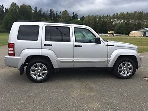 2008 Jeep Liberty Limited 4WD 4 DR - Tons of Options!