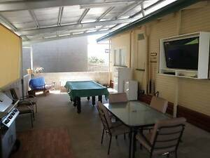 600m to CBD Furnished,Power,Air, Wifi, cleaning of common areas Gladstone Gladstone City Preview