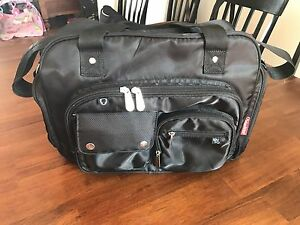 Fisher-Price Fast-Finder Deluxe Diaper Bag