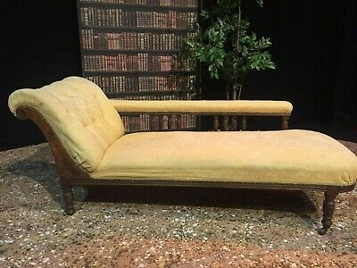 Lovely Vintage Chaise Longue