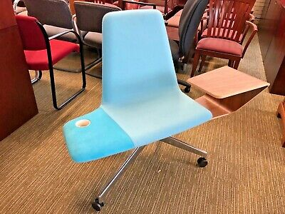 Haworth Harbor Worklounge Chair In Birds Egg Color