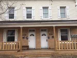 Clean 1+ bedroom apartment for rent just south of beechwood