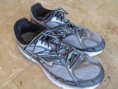 Womens size 9.5 Nike Bowerman running shoes, sneakers