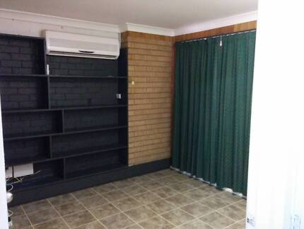 GRANNY FLAT FOR RENT IN CAMPBELLTOWN