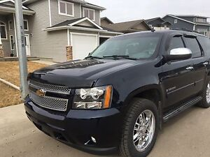 2008 Chevy Tahoe 8seater