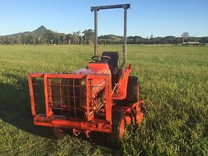 Kubota b1750 power steering 4wd mid mount mower Mullumbimby Byron Area Preview