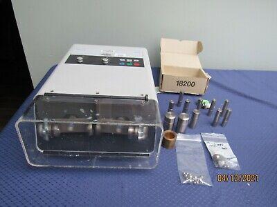 Qiagen Retsch Tissuelyser Mixer Mill Grinder Homogenizer Cell Disrupter Mm200