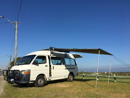 2004 Camper DIESEL , 5 seats, high roof,all equipped, low kms