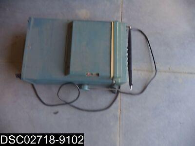 Used Tektronix 465b 100mhz 2 Channel Oscilloscope W Pouch
