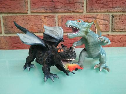 Fireball And Elite Dragon Toy Figures (PAIR)