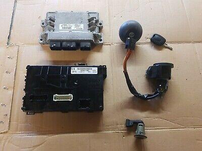 Renualt Clio 1.2 16v Ecu Lock Set door  ignition key petrol cap  2001 - 2007