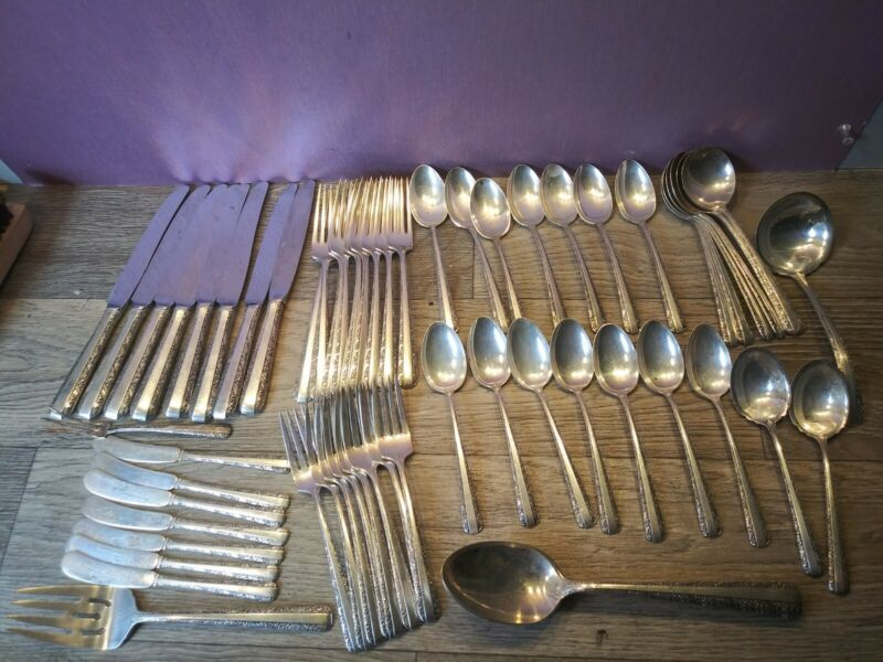 TOWLE Sterling Silver 2423 grams Candlelight 61 Piece Flatware Pat. 1934