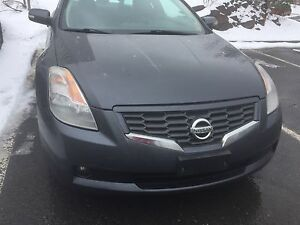 MUST SEE!! Low Km 2008 Nissan Altima coupe 3.5