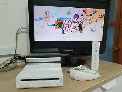 nintendo wii con 140 GIOCHI console 2 controller pad con 2 nunchuck