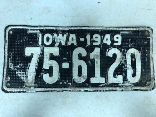 1949 IOWA Plymouth County Waffle License Plate 75-6120