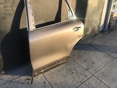 2011 2014 Porsche Cayenne Left Rear Door Shell  OEM