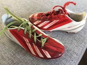 Souliers de soccer Messi Adidas  grandeur 1  10$