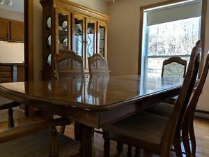 Dinning room set - make an offer