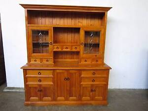 C43038 Beautiful Lge Pine Kitchen Dresser Hutch Cabinet Leadlight Unley Unley Area Preview