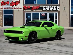 2015 Dodge Challenger Scat Pack| 6.4L Hemi | Stick | Sublime|Nav