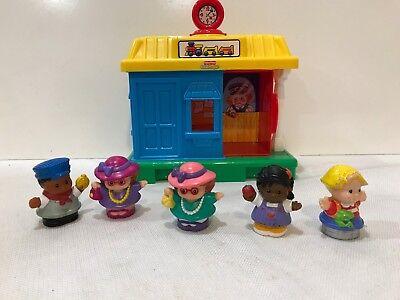 Fisher Price Little People Pop N Surprise Train Station Railroad Depot