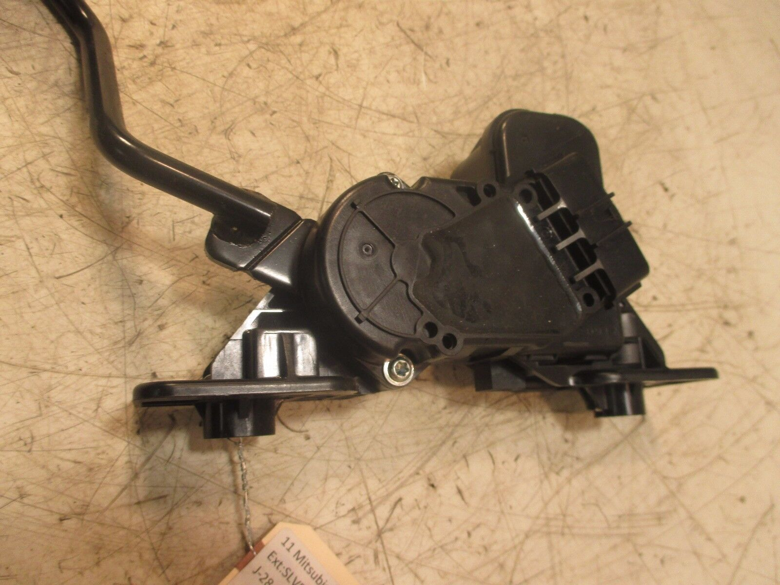 Used 2011 Mitsubishi Galant Interior Parts For Sale Fuse Box Es Oem Gas Fuel Acceleration Pedal
