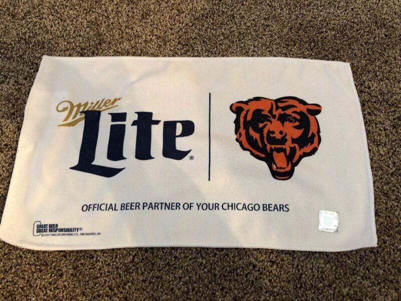 (L@@K) Miller Lite Beer Chicago Bears NFL Football Rally Bar Pub Towel Game Room