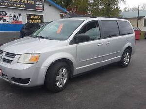 2008 Dodge Grand Caravan DVD SAFETIED  215K SE