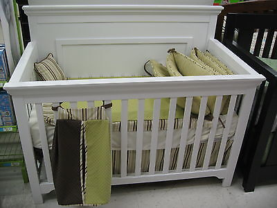 Parker 4 in 1 Convertible Crib-White Color-New In Box