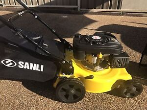 TWO LAWN MOWER's SANLI 4 STROKE & OZITO PUSH  MOWER AS NEW CONDITION Bass Hill Bankstown Area Preview