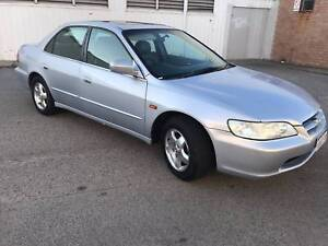1998 Honda Accord Sedan, LUXURY, AUTOMATIC