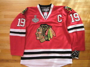 #19 TOEWS Chicago Blackhawk Jersey