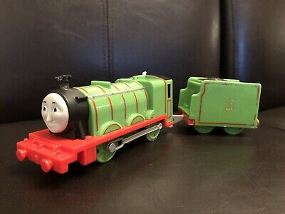 """Trackmaster Thomas & Friends """"HENRY"""" And Tender 2013 WORKING Motorized Train"""