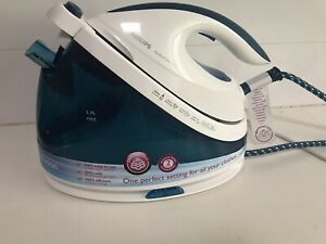 Philips Steam Glide Plus Iron. Excellent Condition