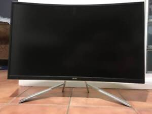 """Monitor - Acer 31.5"""", Curved, Led. Bought for $350"""