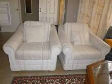 Beautiful white sofa set in good condition St Albans Brimbank Area Preview