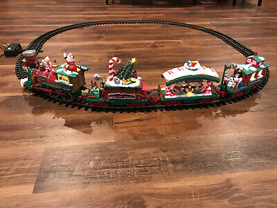 Dillard's Trimmings Holiday 4-car Electric Toy Train Set