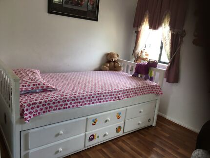 Wanted: Single Bed with bunker bed