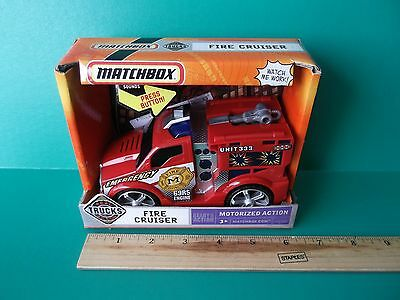"""MATCHBOX ready for action motorized """"FIRE CRUISER"""" LIGHTS AND SOUND"""