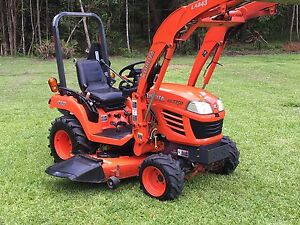 "Kubota tractor with FEL 4x4 and 60"" BX2350 Speewah Tablelands Preview"