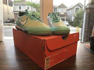 Nike Magista Onda Indoor Soccer Shoes (size 8.5)