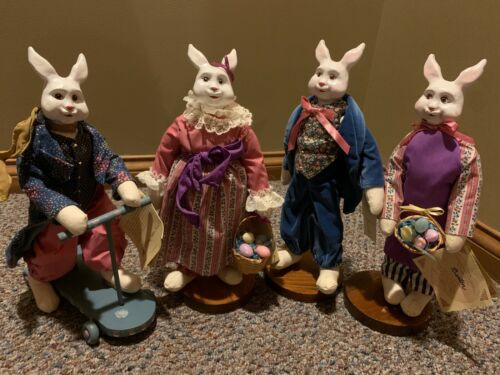 Overly-Raker lot of 4 rare vintage rabbit figurines from 80s; with original tags