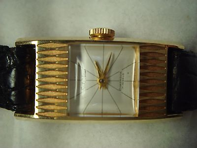 VINTAGE NEW OLD STOCK LADY SEIKO VENUS DIASHOCK 17 JEWELS BACK STAINLESS STEEL