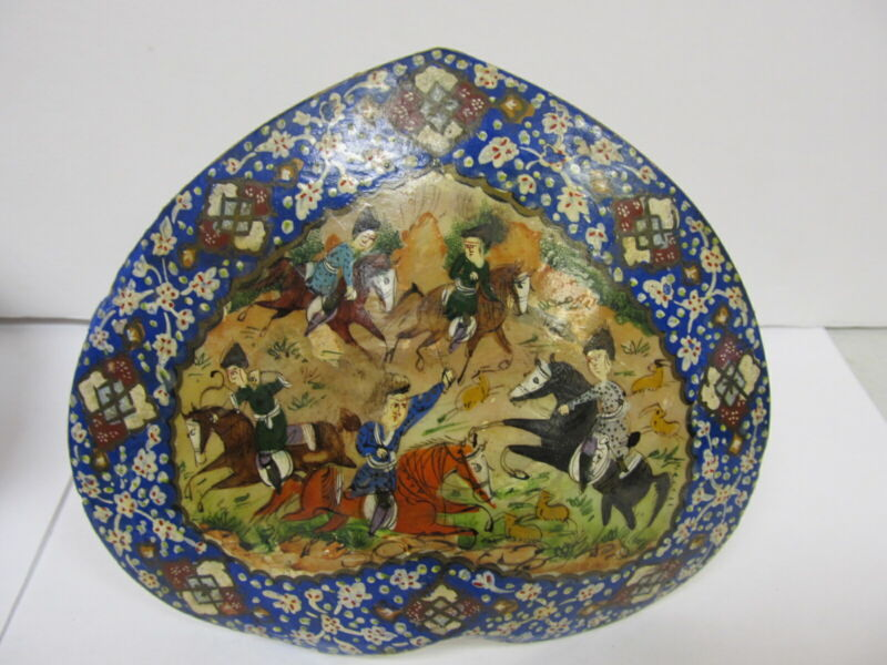 PERSIA PERSIAN HAND PAINTED ANTIQUE INTRICATE BATTLE SCENE CLAM SHELL SM PICTURE