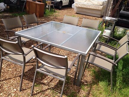 8 Seater outdoor dining table set excellent condition $250 Bexley Rockdale Area Preview