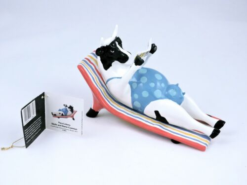 Cow Parade Sun Bather Reading Cow #47882 Cow Figurine 2011 w/ tag